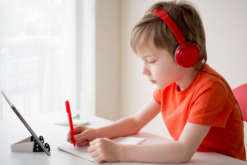 کلاس آنلاین کودکان آموزشگاه gmt