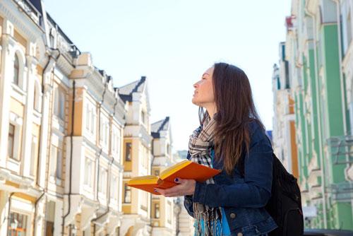 قبل از این که مهاجرت کنید زبان را یاد بگیرید