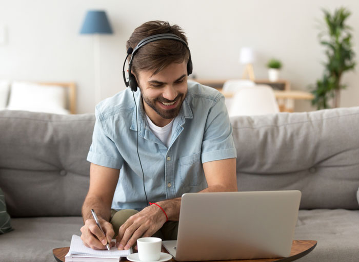 چطور در خانه با یک ساعت در روز ، زبان جدید یاد بگیریم ؟