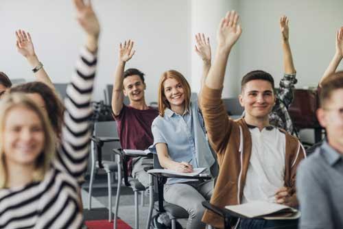 قوانین کلاس باید واضح و مختصر باشد و دانش آموز باید بدونه که در هر زمان معینی چه کاری انجام بده.