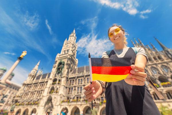 چند کشور به زبان آلمانی صحبت می کنند ؟